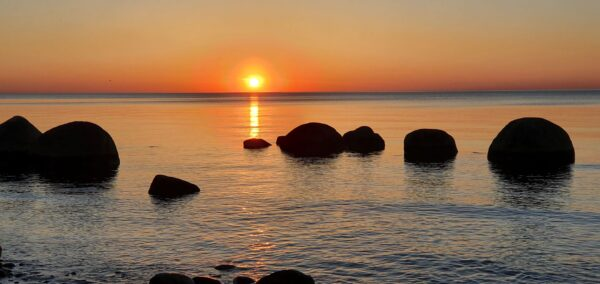 päikeseloojang merel memas ou